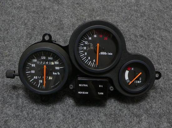 P11001411